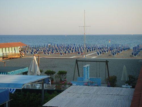 Bagno Paradiso Snc Di Vatteroni C Co